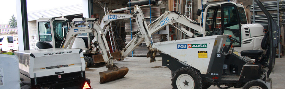 Véhicule de chantier de l'entreprise Poli